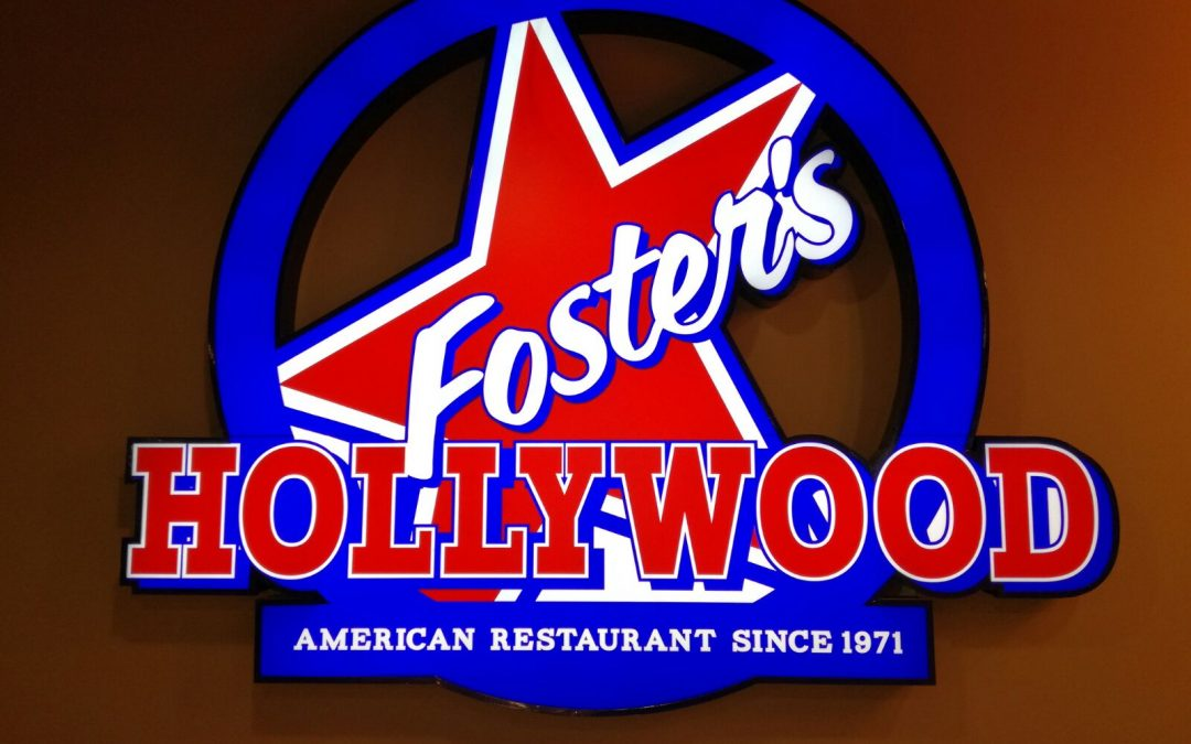 Estamos instalando otro Foster's Hollywood