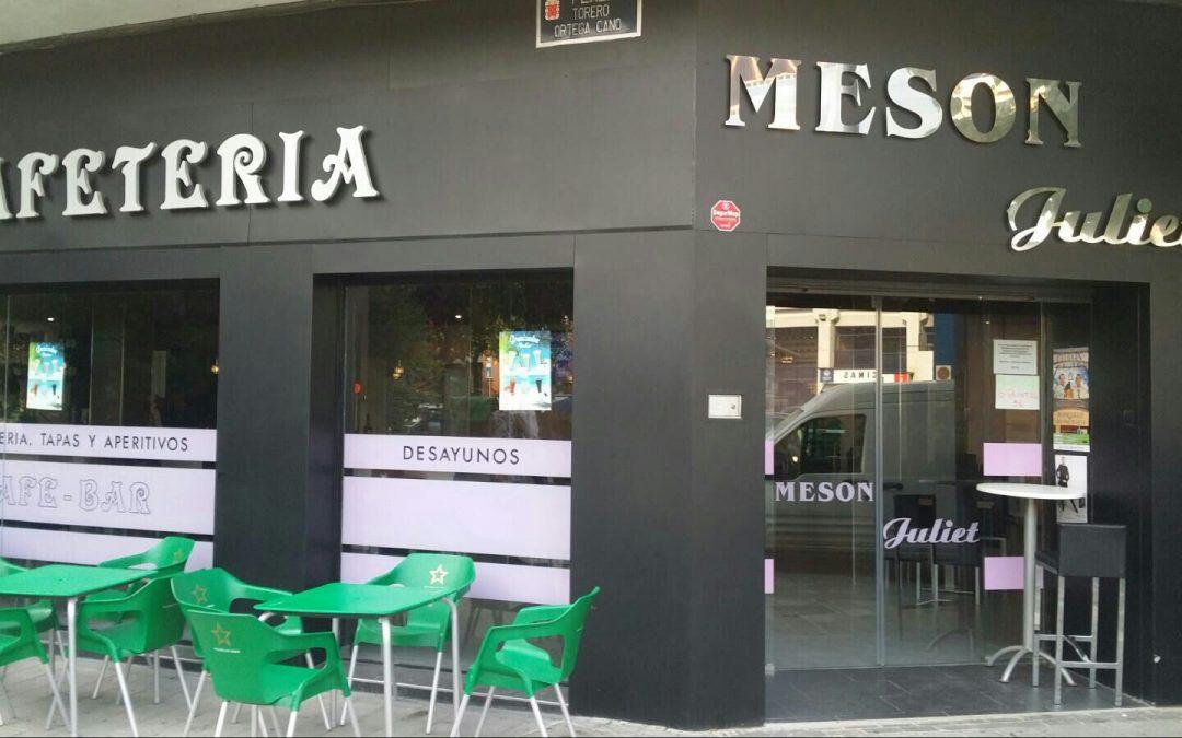 Mesón-Cafetería Juliet, en el C.C. Nueva Condomina